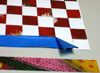 Valentine card woven from paper strips - step 4
